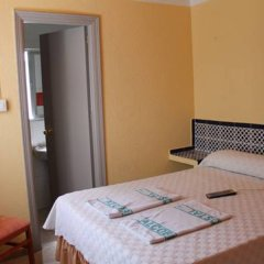 Отель Hostal Alcobia комната для гостей фото 5