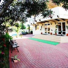 Гостиница «Вилла Риф» вид на фасад фото 2