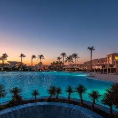 Отель Cleopatra Luxury Resort Makadi Bay бассейн фото 7