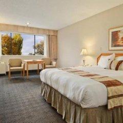 Отель Ramada Vancouver Exhibition Park Канада, Ванкувер - отзывы, цены и фото номеров - забронировать отель Ramada Vancouver Exhibition Park онлайн комната для гостей