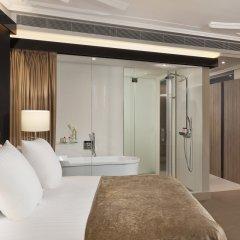 Отель Gran Melia Palacio De Los Duques 5* Номер Deluxe red level с различными типами кроватей