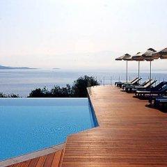 Отель Ionian Blue Garden Suites Греция, Корфу - отзывы, цены и фото номеров - забронировать отель Ionian Blue Garden Suites онлайн бассейн фото 3