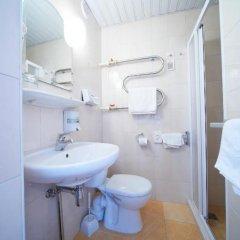 Отель Нептун 3* Номер с общей ванной комнатой фото 2