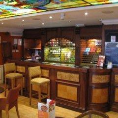 Отель Travelodge London Central Marylebone Великобритания, Лондон - отзывы, цены и фото номеров - забронировать отель Travelodge London Central Marylebone онлайн гостиничный бар фото 2