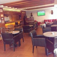 Caesars Park Hotel Beirut гостиничный бар