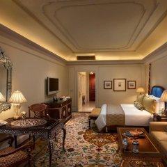 Отель The Leela Palace New Delhi 5* Номер Royal premier
