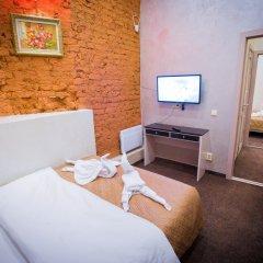 Мини-Отель Resident Номер с общей ванной комнатой фото 7