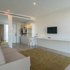 Els Pins Hotel 4* Люкс с различными типами кроватей фото 11