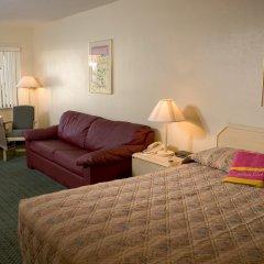 Отель Cypress Cove Nudist Resort & Spa Уэйверли комната для гостей