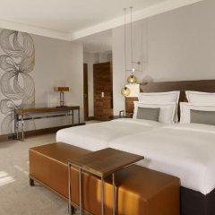 Отель Reichshof Hamburg, Curio Collection by Hilton 4* Полулюкс с различными типами кроватей