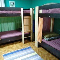 Мини-отель & Хостел Заря Стандартный семейный номер разные типы кроватей
