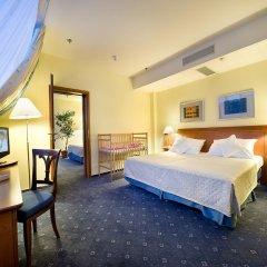 Отель Ramada by Wyndham Prague City Centre 4* Люкс с различными типами кроватей фото 3