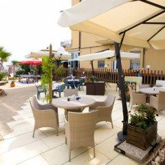 Hotel Estate бассейн