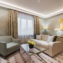 Отель Grand Hotel Kempinski Riga Латвия, Рига - 2 отзыва об отеле, цены и фото номеров - забронировать отель Grand Hotel Kempinski Riga онлайн комната для гостей фото 6