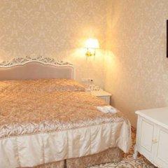 Гостиница Royal Grand Hotel & Spa Украина, Трускавец - отзывы, цены и фото номеров - забронировать гостиницу Royal Grand Hotel & Spa онлайн комната для гостей фото 3