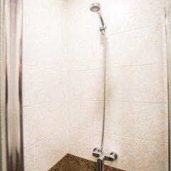 Мини-Отель Resident Номер с общей ванной комнатой фото 10
