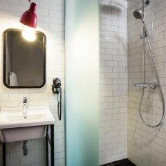 Отель Pentahotel Prague Чехия, Прага - 8 отзывов об отеле, цены и фото номеров - забронировать отель Pentahotel Prague онлайн ванная
