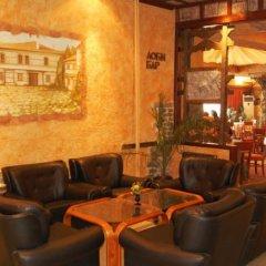 Отель Rodina Болгария, Банско - отзывы, цены и фото номеров - забронировать отель Rodina онлайн гостиничный бар