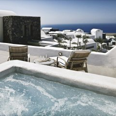 Отель Santo Maris Oia, Luxury Suites & Spa 5* Люкс с различными типами кроватей фото 12