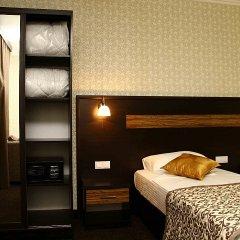 Отель ONYX Бишкек сейф в номере