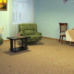 Гостиница Nikita в Брянске отзывы, цены и фото номеров - забронировать гостиницу Nikita онлайн Брянск комната для гостей фото 4