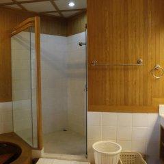 Отель Panwa Beach Svea's Bed & Breakfast Таиланд, Пхукет - отзывы, цены и фото номеров - забронировать отель Panwa Beach Svea's Bed & Breakfast онлайн ванная фото 4