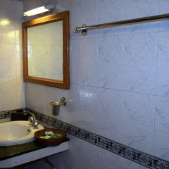 Отель Welcome Hotel at Gulmarg Индия, Гульмарг - отзывы, цены и фото номеров - забронировать отель Welcome Hotel at Gulmarg онлайн ванная