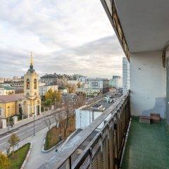 Апартаменты Four Squares Apartments Polyanka Москва балкон