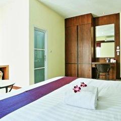 Отель At Phuket Guest House комната для гостей фото 5