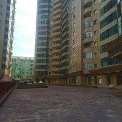 Apple hostel Алматы парковка фото 2