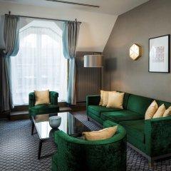 Отель Hilton Vienna Plaza Вена комната для гостей фото 11