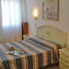 Hotel Airone 2* Стандартный номер фото 6