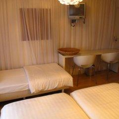 Hotel Victorie 3* Трёхместный номер с различными типами кроватей фото 2
