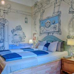 Lavender Circus Hostel комната для гостей