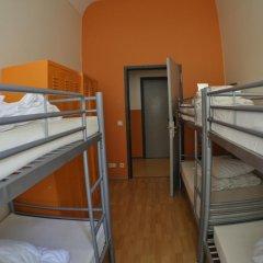All In Hostel Кровать в общем номере с двухъярусной кроватью фото 2