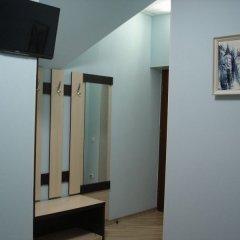 Гостевой дом Три клена удобства в номере фото 3
