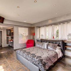 C. Luxury Palace & Hostel комната для гостей