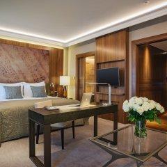 Отель Grand Hotel Kempinski Riga Латвия, Рига - 2 отзыва об отеле, цены и фото номеров - забронировать отель Grand Hotel Kempinski Riga онлайн комната для гостей фото 11