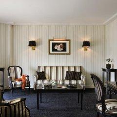 Hotel Barriere Le Majestic 5* Улучшенный люкс с двуспальной кроватью фото 3