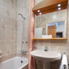 Отель Benczúr 3* Номер категории Эконом с различными типами кроватей фото 4