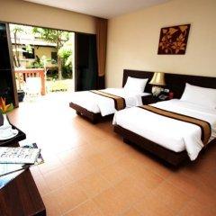 Отель Kata Sea Breeze Resort 3* Номер Делюкс с различными типами кроватей фото 2