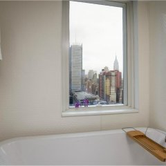 Отель Yotel New York at Times Square 3* Люкс с различными типами кроватей фото 3