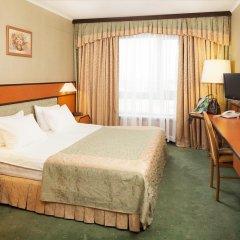 Гостиница Космос 3* Апартаменты с двуспальной кроватью