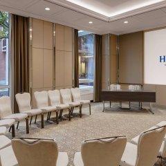 Отель Hilton Munich City Германия, Мюнхен - 9 отзывов об отеле, цены и фото номеров - забронировать отель Hilton Munich City онлайн помещение для мероприятий