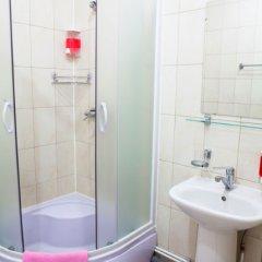 Отель Атмосфера на Петроградской Санкт-Петербург ванная фото 2