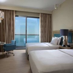 Отель Hilton Dead Sea Resort & Spa комната для гостей
