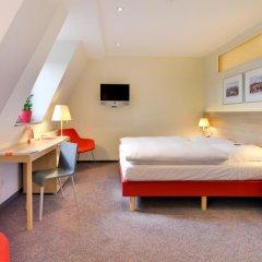 Hotel Victoria 4* Стандартный семейный номер с двуспальной кроватью