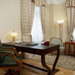 Гостиница Hilton Москва Ленинградская 5* Люкс Ambassador с различными типами кроватей фото 3