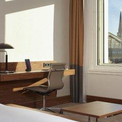 Отель Reichshof Hamburg, Curio Collection by Hilton 4* Полулюкс с различными типами кроватей фото 2