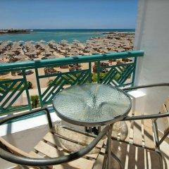 Отель SUNRISE Garden Beach Resort & Spa - All Inclusive Египет, Хургада - 9 отзывов об отеле, цены и фото номеров - забронировать отель SUNRISE Garden Beach Resort & Spa - All Inclusive онлайн балкон